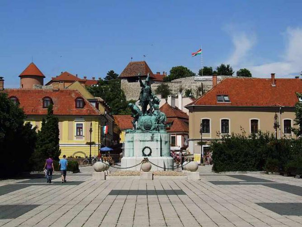 Eger - Dobó Square