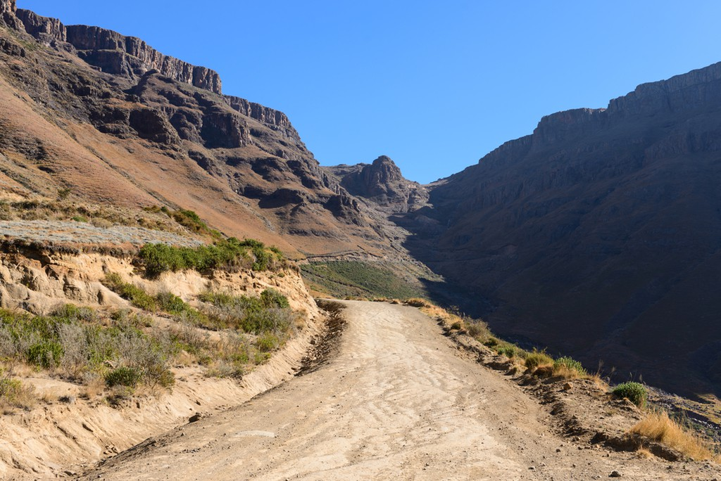 Top 10 of the World's Most Dangerous Hiking Trails