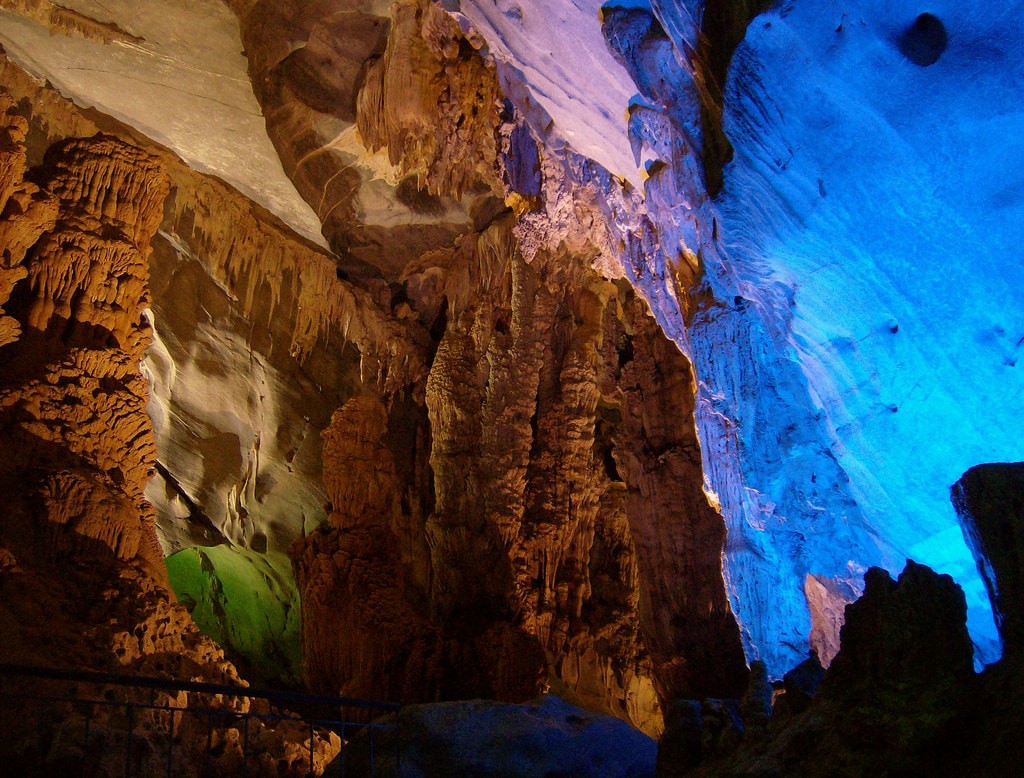 بزرگترین غار جهان | شگفت انگیز ترین مناطق کره زمین