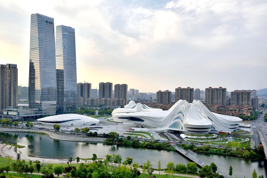 El Centro Internacional de Arte y Cultura del Lago Meixi llama la atención