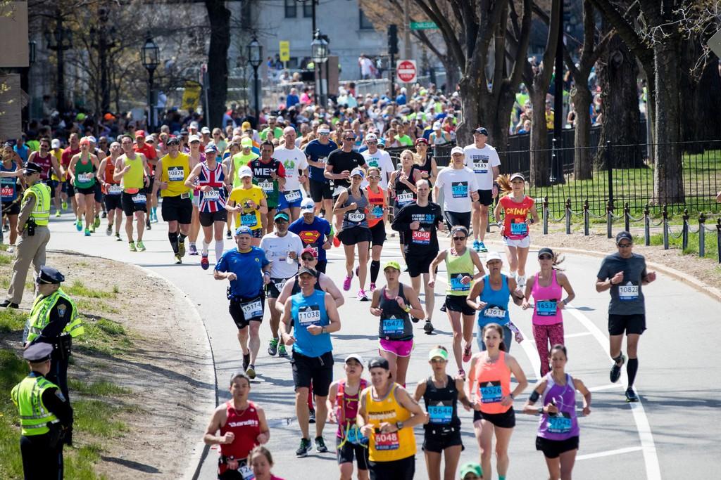 Over 30,000 participants take part in the 2016 Boston Marathon.