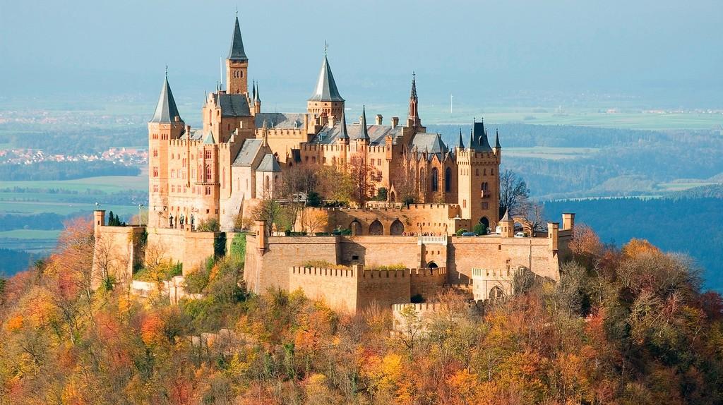 Hohenzollern Castle, Stuttgart, Germany   ©Jim Trodel /Flickr