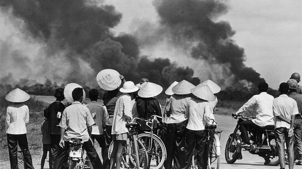 Vietnam War 1972 |© manhhai, photo by Raymond Depardon/Flickr