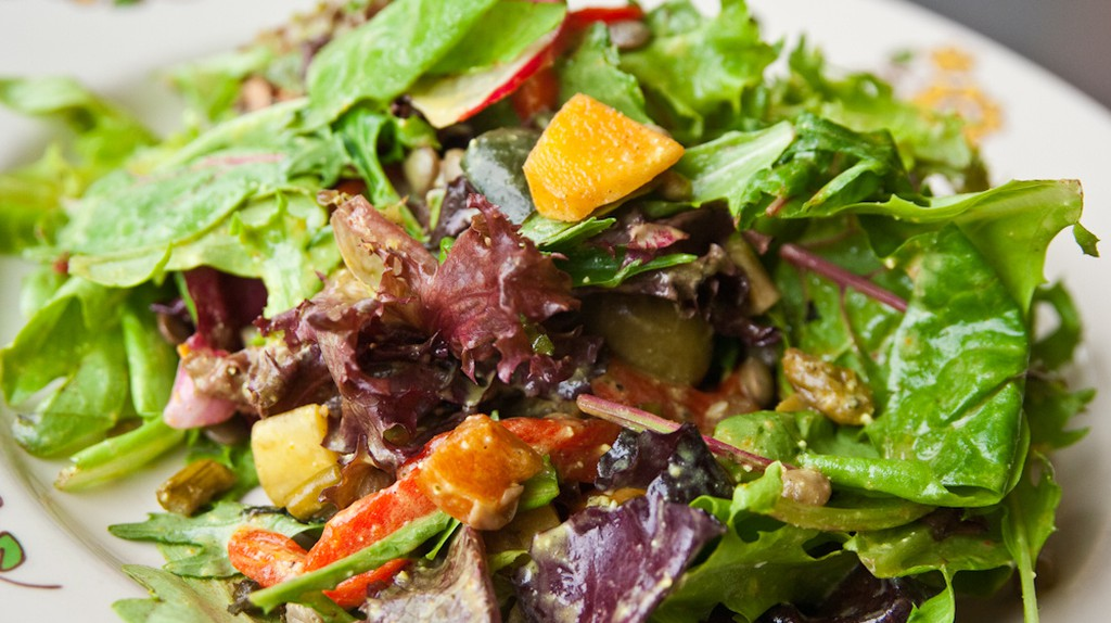 Mediterranean Salad  | © Steven Depolo/Flickr