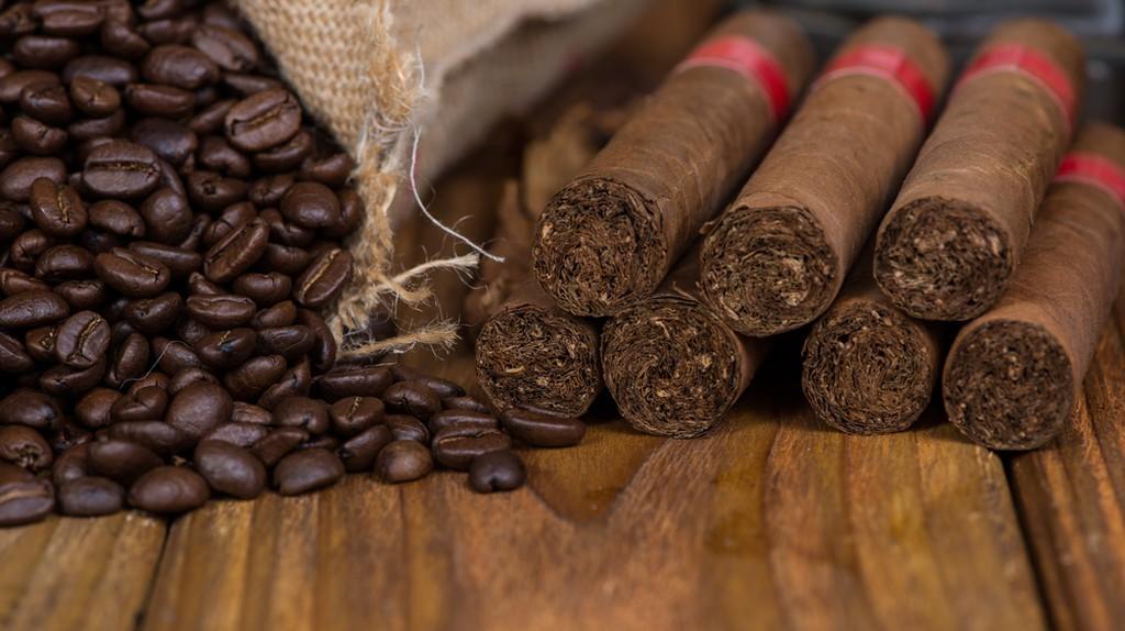 Cuban coffee    ©Merc67/Shutterstock