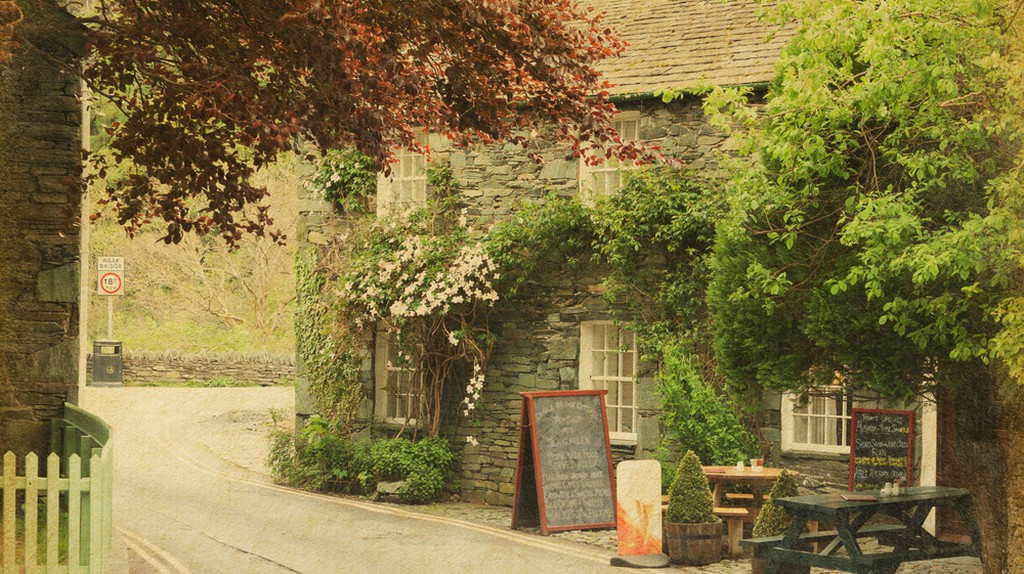 You'll find plenty of excellent restaurants and cafés in the Lake District