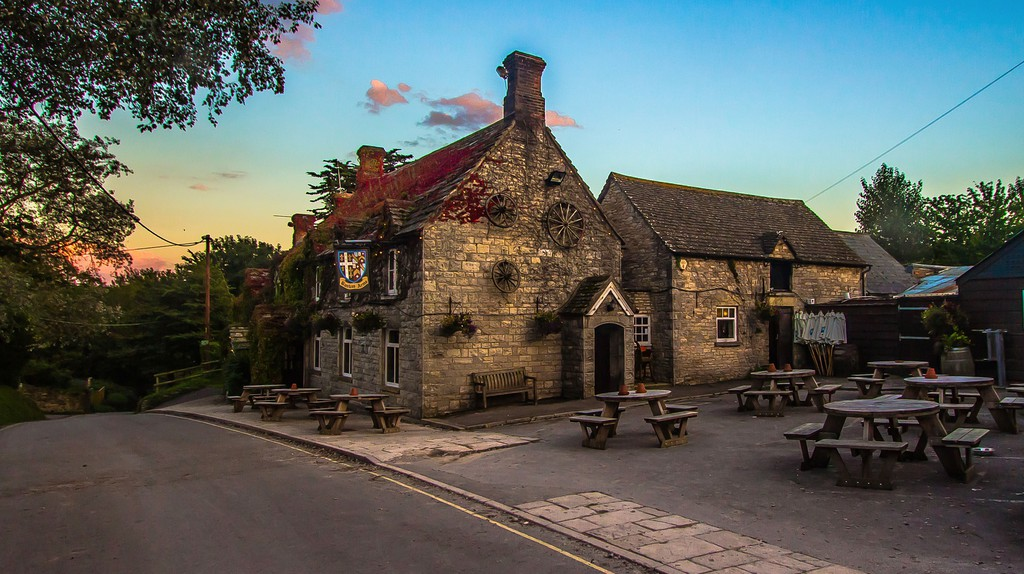 Pub in the country/ ©Pixabay