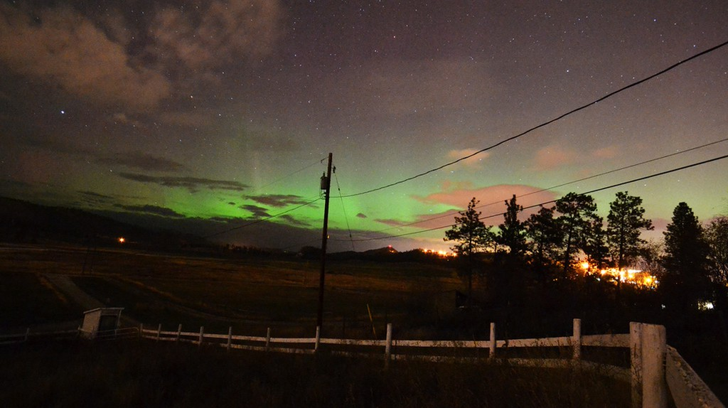 Northern Lights as seen from Kelowna, Canada | © Phillipe Henry / flickr