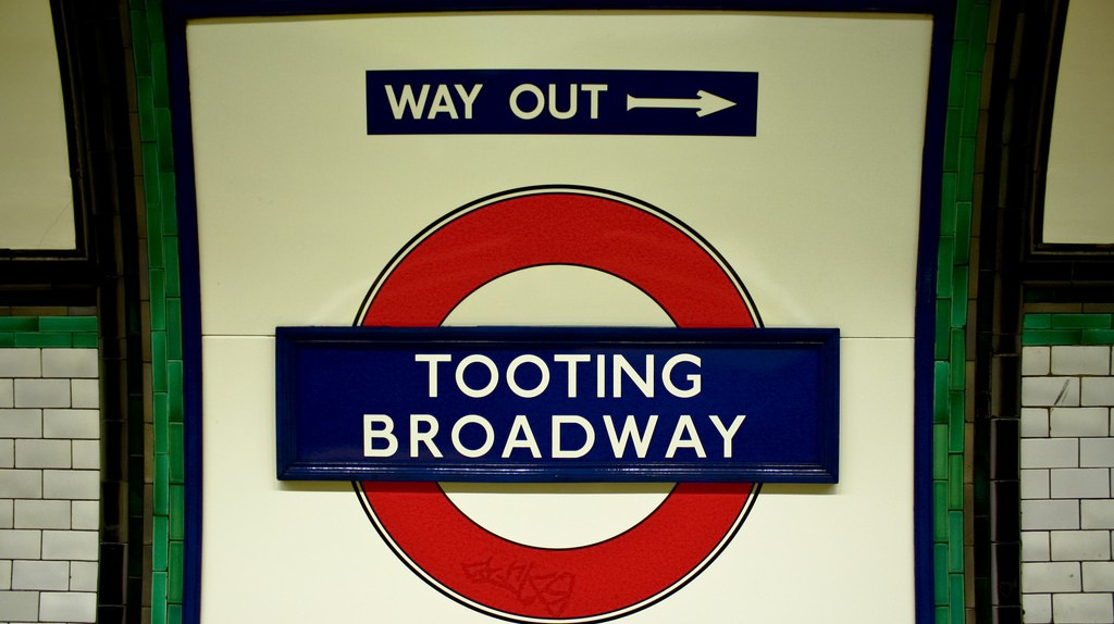Tooting Broadway | ©Nico Hogg/Flickr