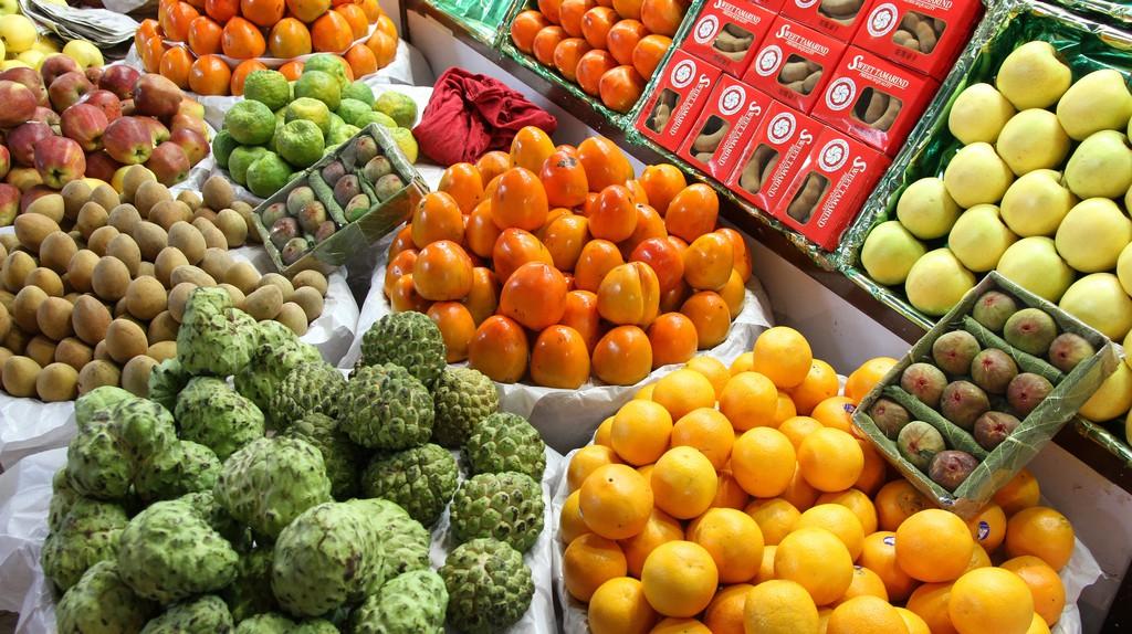 Fruit at Crawford Market, Mumbai © Marco Zanferrari/Flickr