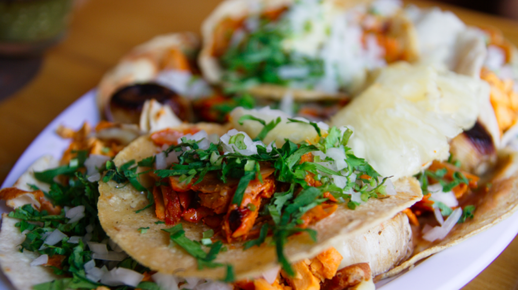 Tacos al pastor made with adobada meat | © William Neuheisel /Wikicommons