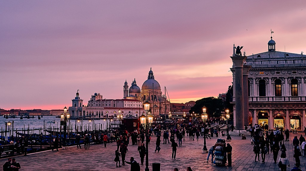 Venice | © Pedro Szekely/Flickr
