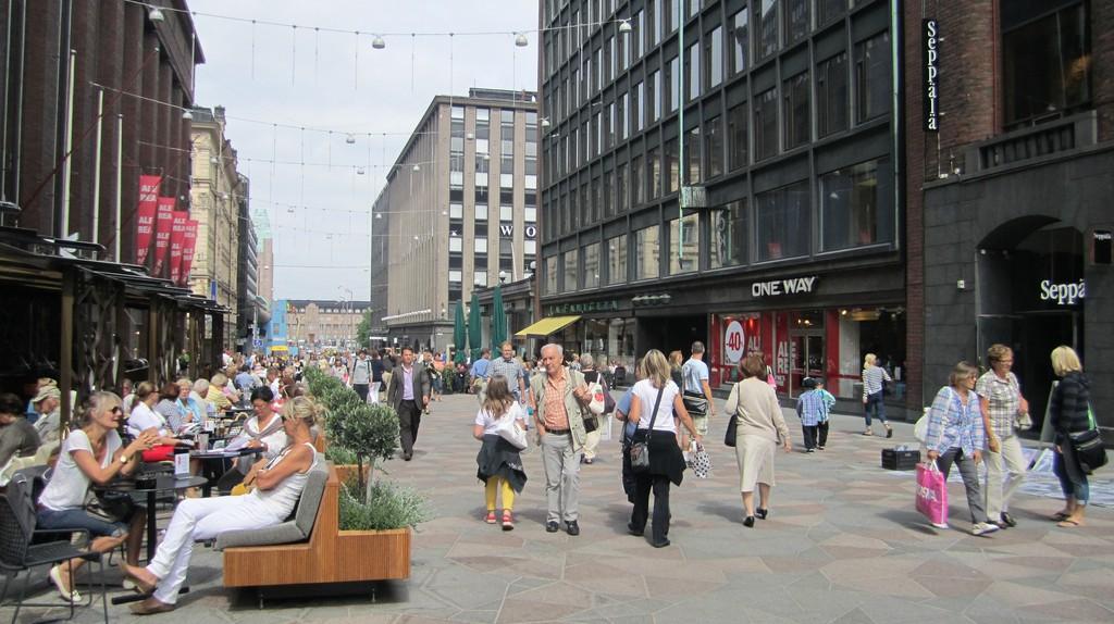 Pedestrian street in Helsinki|  © La Citta Vita/Flickr