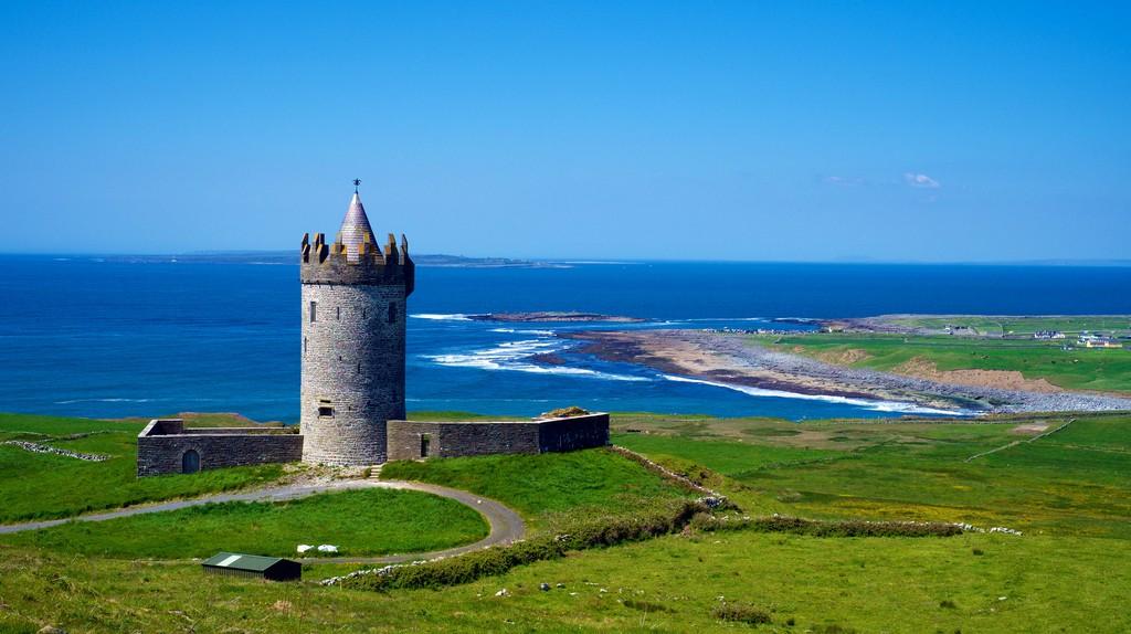 Doonagore Castle | © Daniel Stockman/Flickr