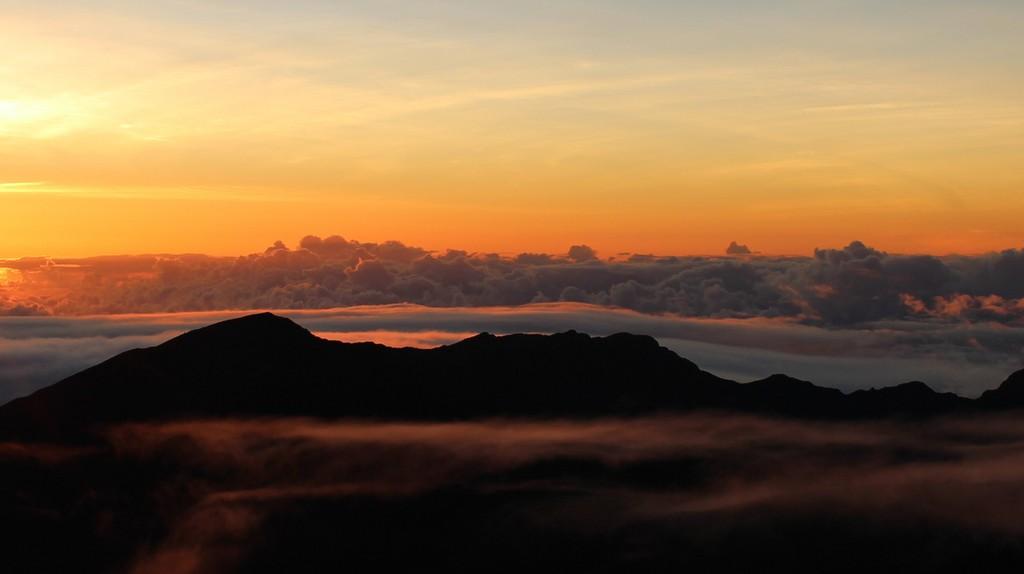 Dawn - Haleakalā_0309_wide © Steven Willmott/Flickr