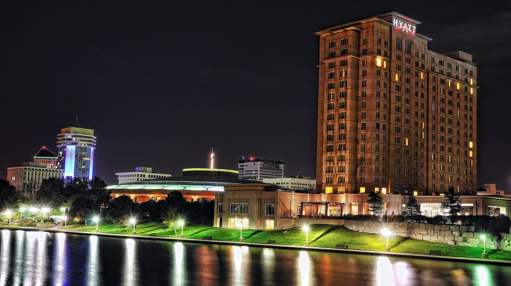Wichita at Night | © Lane Pearman/Flickr