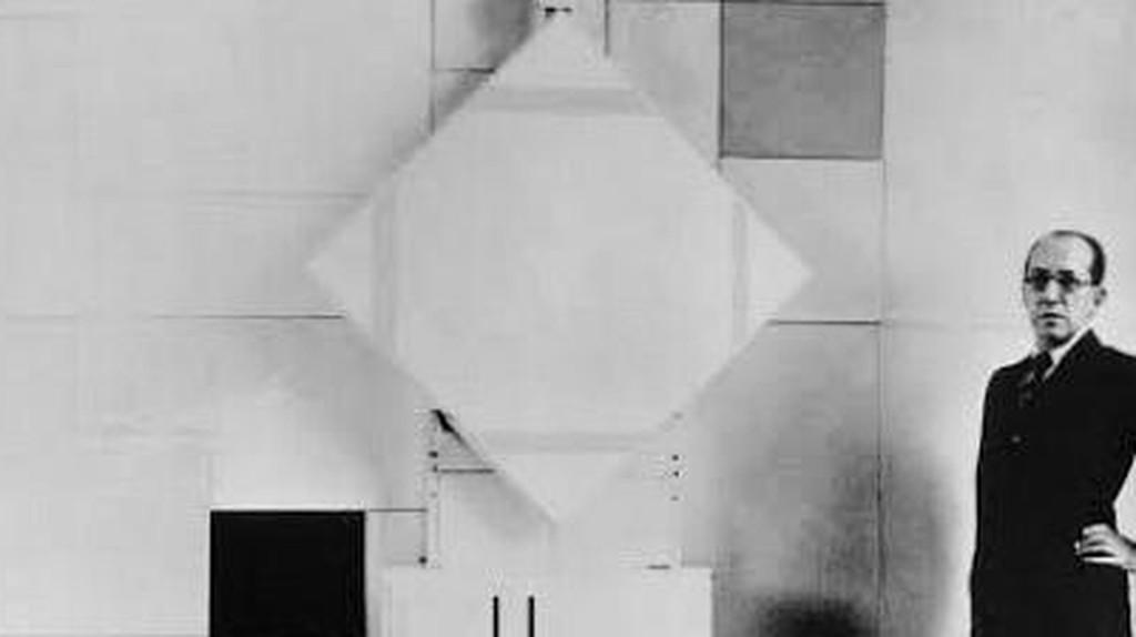 Piet Mondrian and De Stijl: The Paradox of Simple Complexity