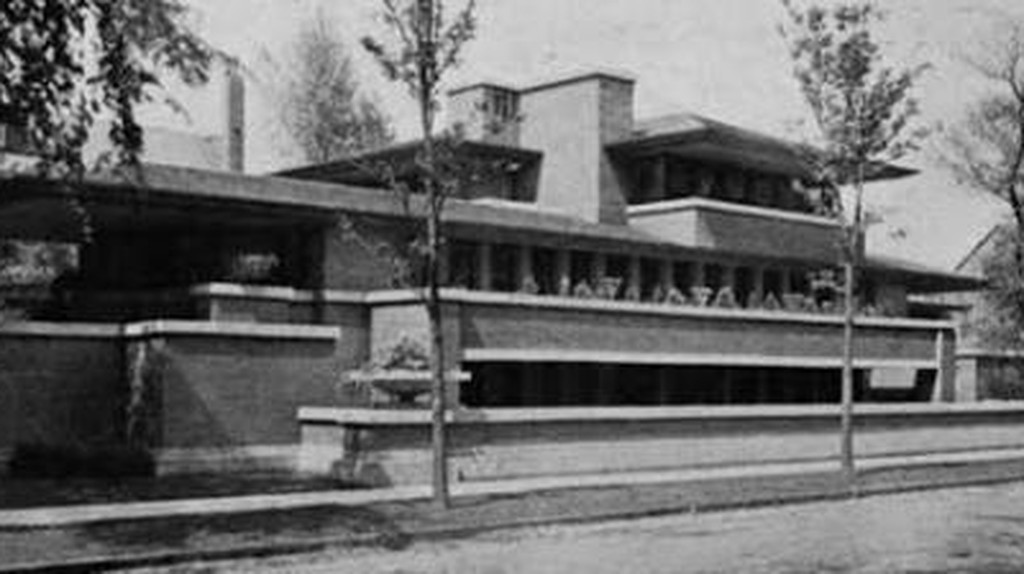 Adolf Loos: Breaking with Tradition