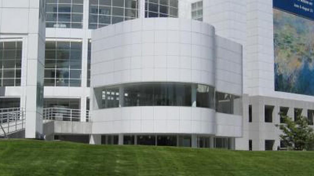 Richard Meier: Breaking Architectural Taboos