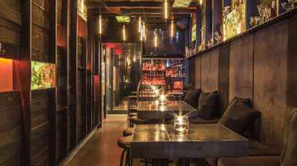 The 10 Best Bars In Vancouver, Canada