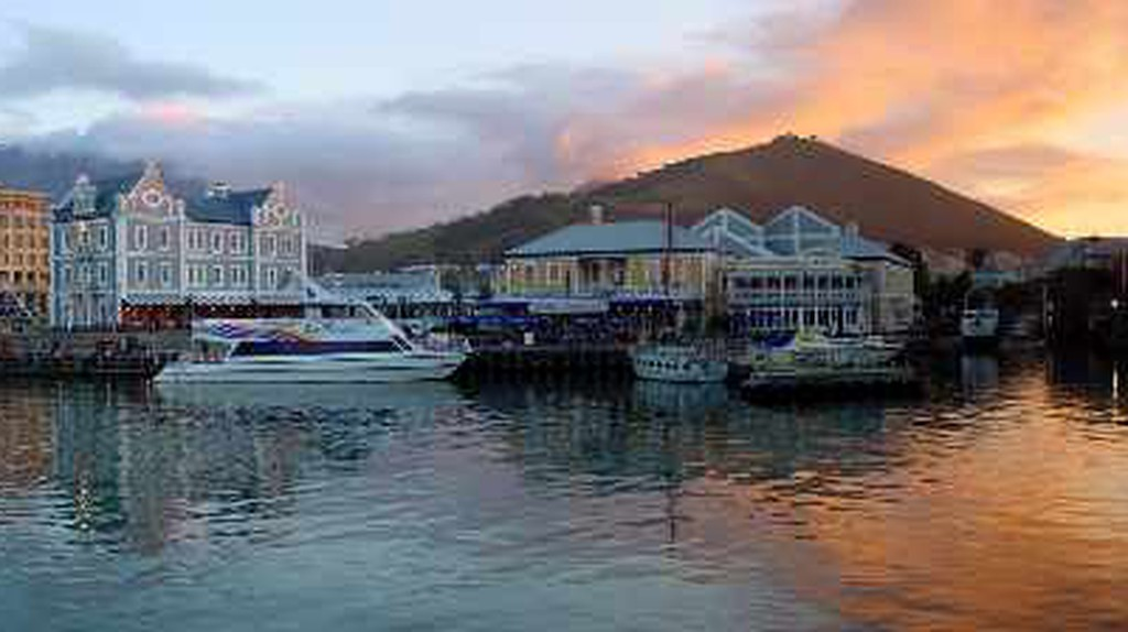 The Best Waterfront Restaurants And Bars In Cape Town, South Africa