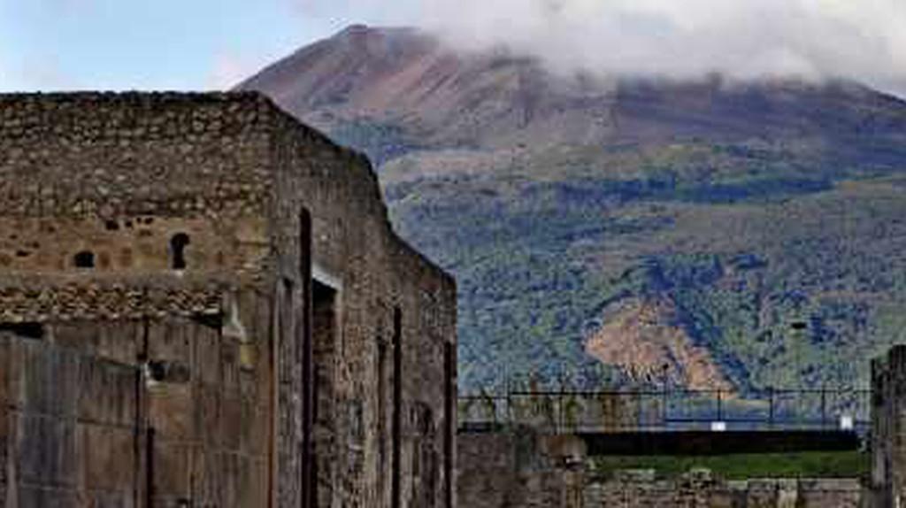 5 Hotels To Book Close To Pompei