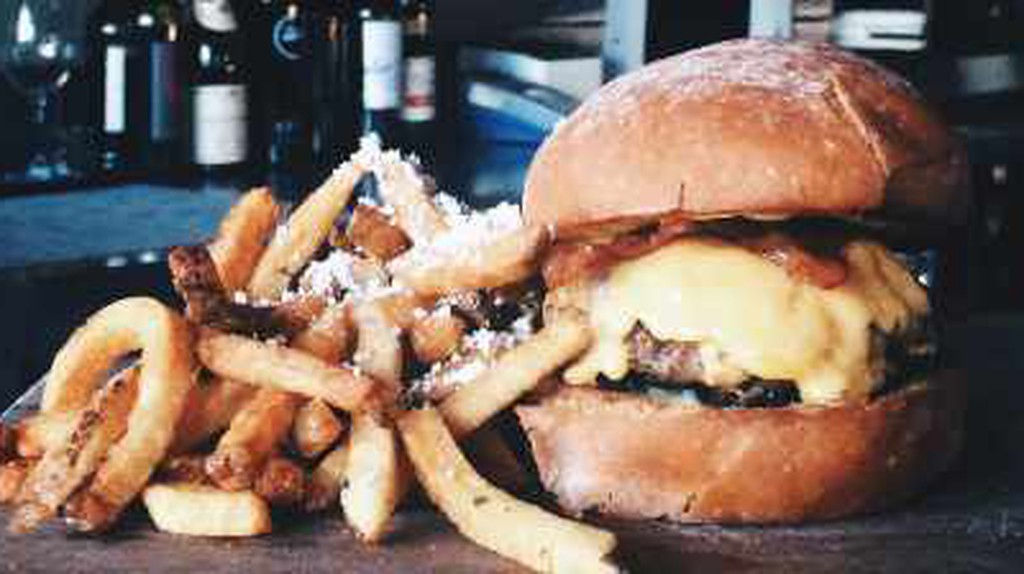 The Best Burger Joints In Minneapolis, Minnesota