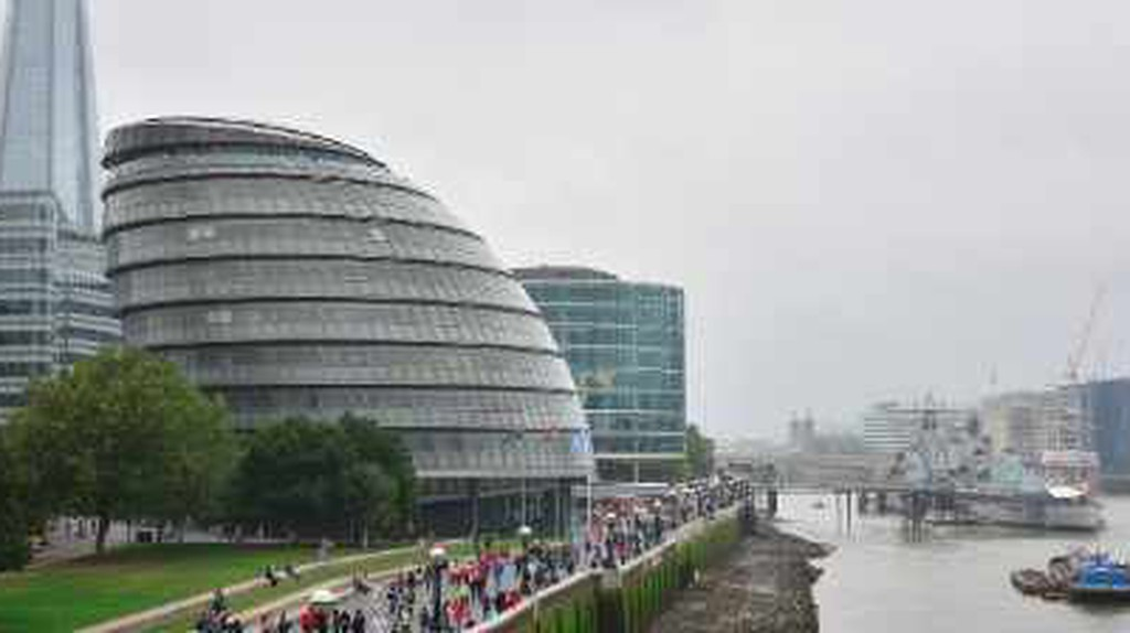 The 5 Most Amazing Buildings By Sir Norman Foster