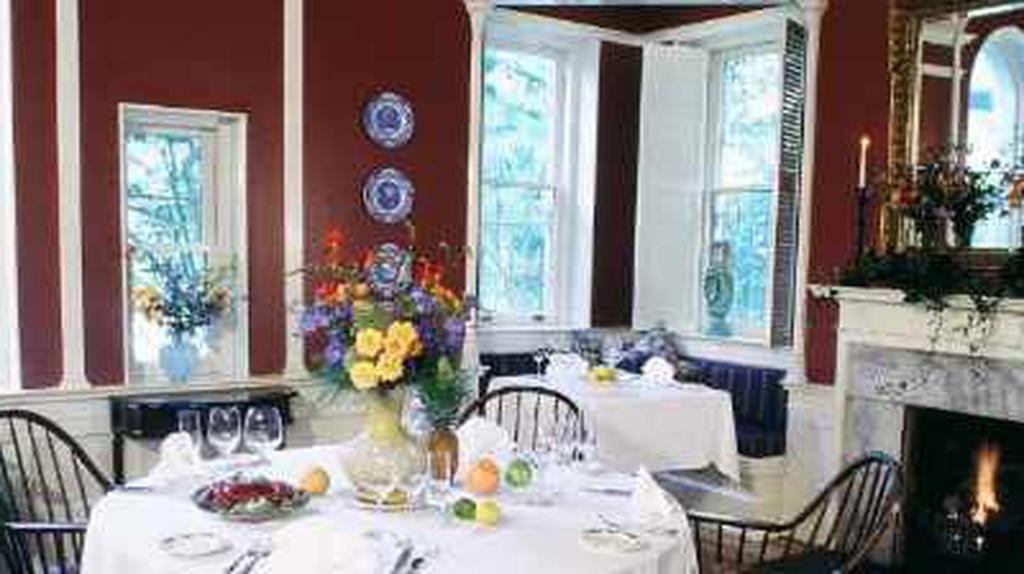 The 10 Best Restaurants In Midtown, Savannah