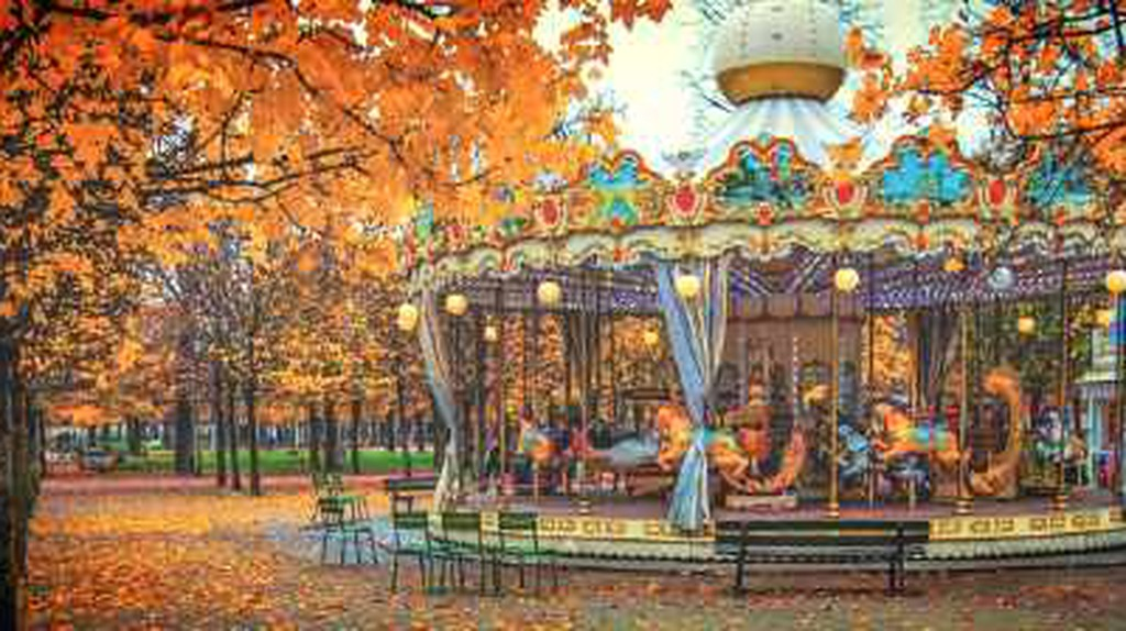 Top 6 Parisian Parks For Indulging In Autumn's Beauty