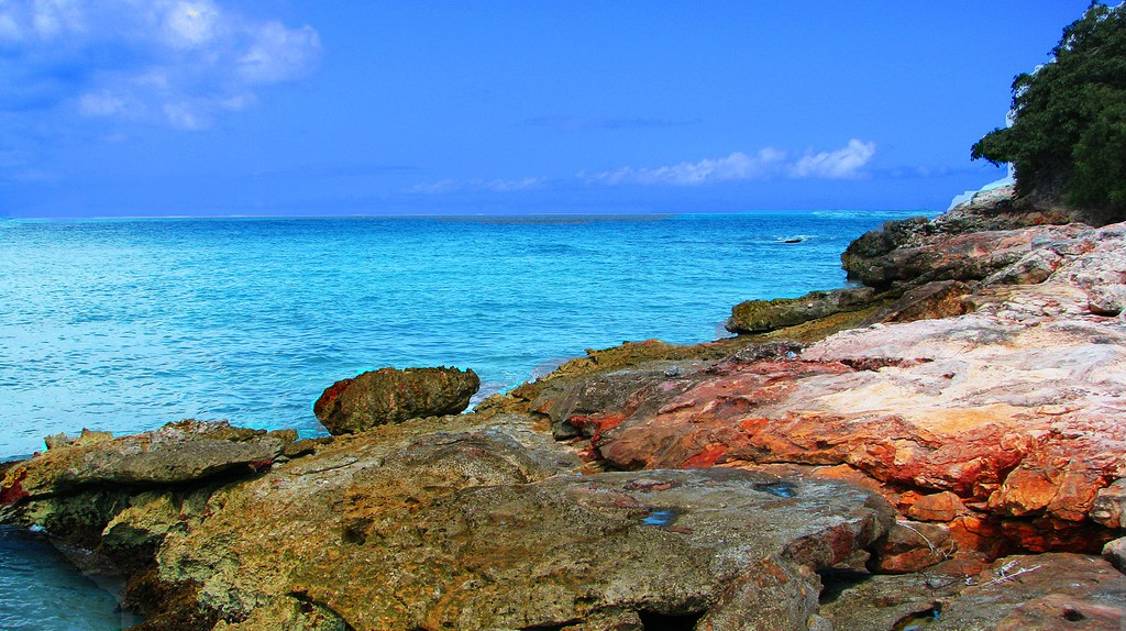 Red Bay ©Rennett Stowe/WikiCommons