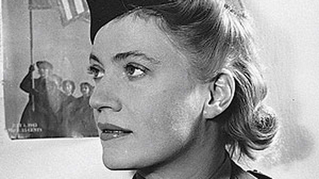 The Life Of Lee Miller, From Fashion To War Photography