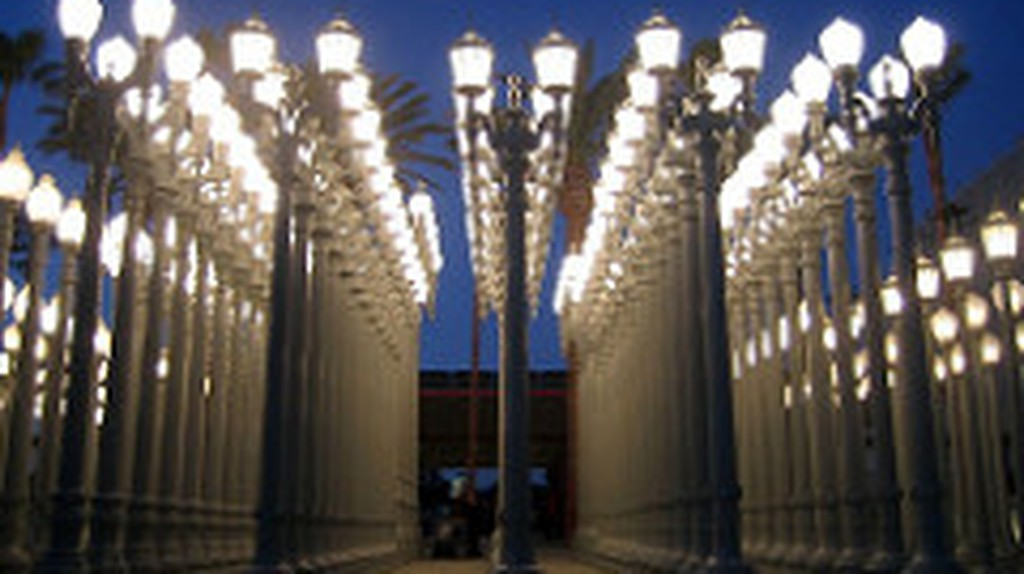 Urban Light, LA, LACMA, Chris Burden Installation | © Heidi de Vries/Flickr