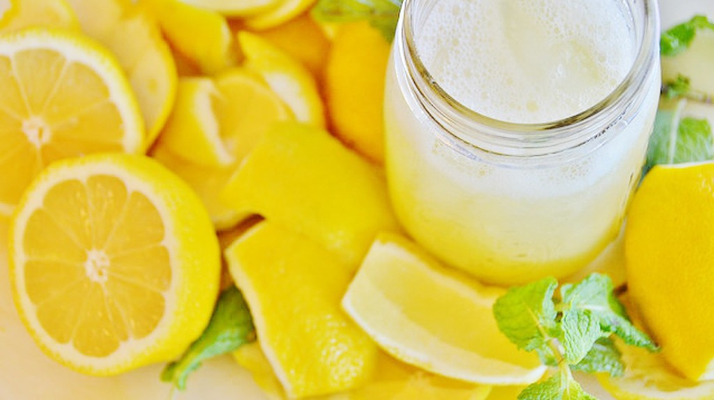 lemonade © Rob Bertholf/Flickr