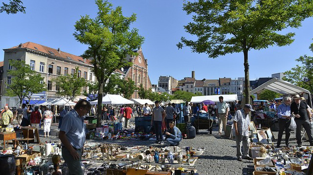 The Jeu de Balle Flea Market /©Stephane Mignon/Flick