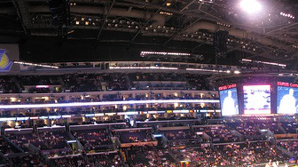 Staples Center Panoramic © Michael Sandoval / Flickr