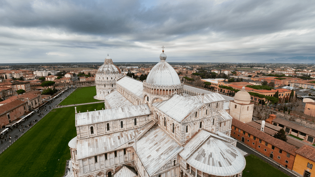 Duomo Santa Maria seen from the Leaning Tower of Pisa  | Marcus Winter/Flickr