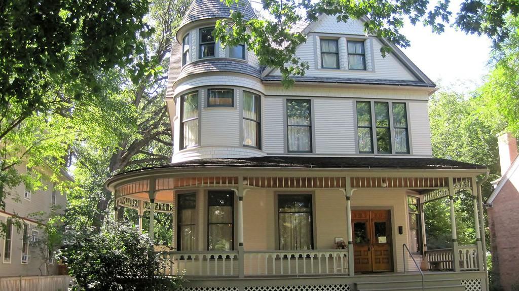 Ernest Hemingway's Birthplace | © Teemu008/Wikicommons