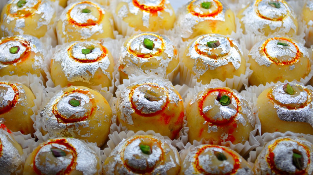 Indian sweets | © Ian Muttoo/WikiCommons