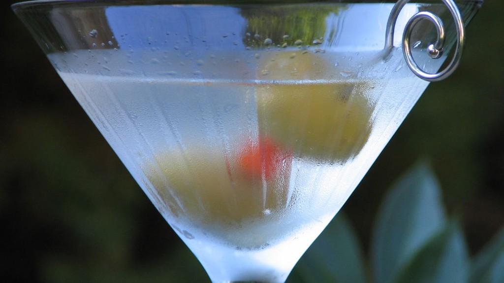 Classic Martini | © Ken30684/WikiCommons