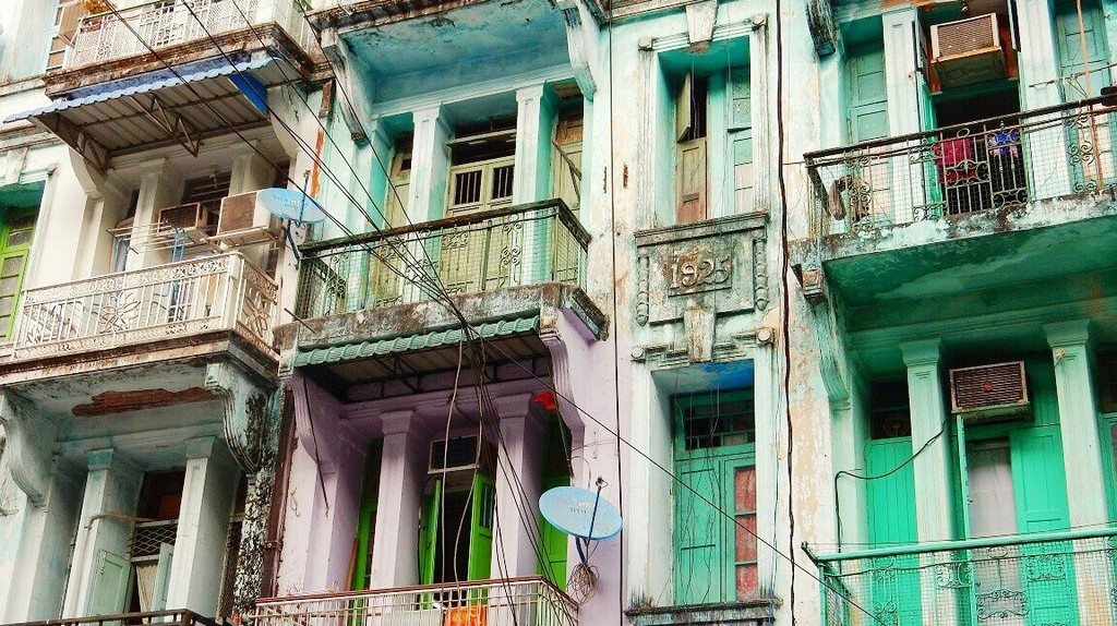 Houses of downtown Yangon © Kirsten Henton