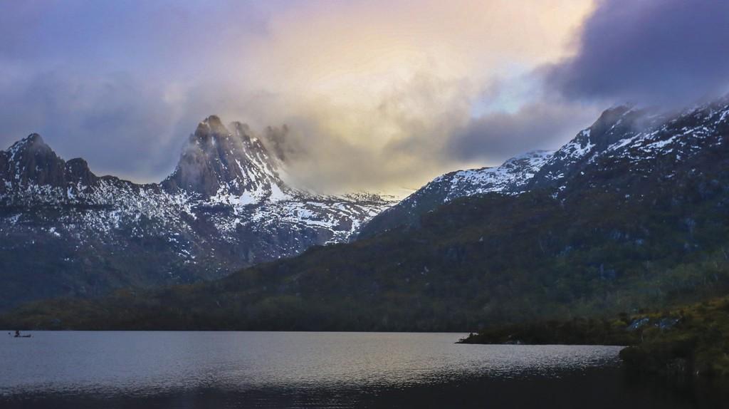 Cradle Mountain, West Coast, TAS | Courtesy of Tourism Australia © Graham Freeman