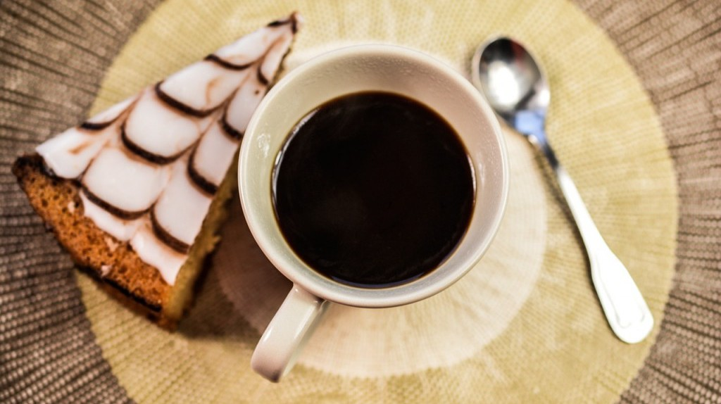 Coffee and cake |  © monicore/PixaBay
