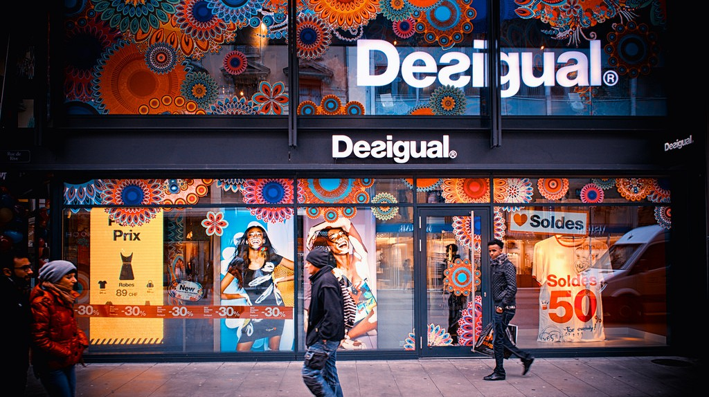 The History Of Desigual In 1 Minute