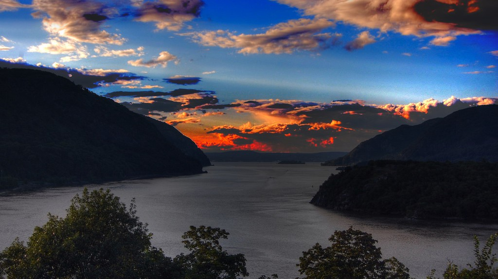 Sky of West Point Evening / © Wei Zhang / Flickr