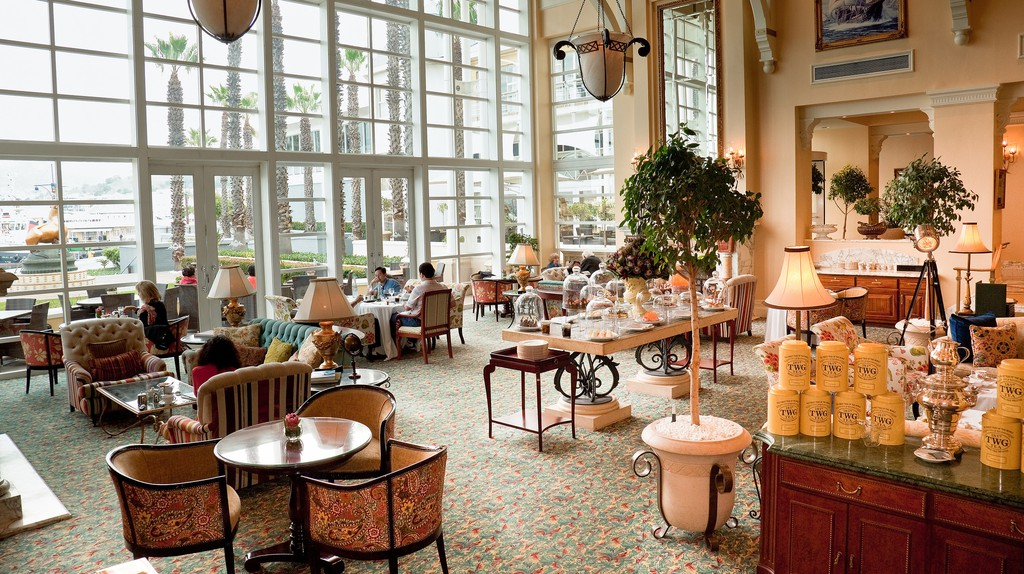 Table Bay Hotel lounge © John Hickey-Fry/Flickr