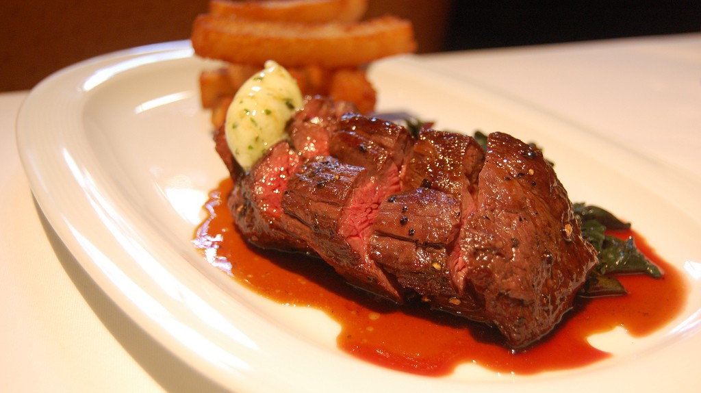 Mouth-watering steak awaits you at Edge | Stu Spivack/Flickr