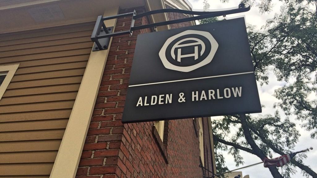Alden & Harlow| © Casey Campbell