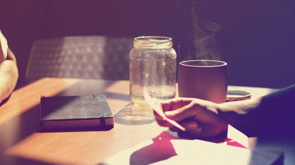 Tea and honey │ © Takumi Yoshida/Flickr