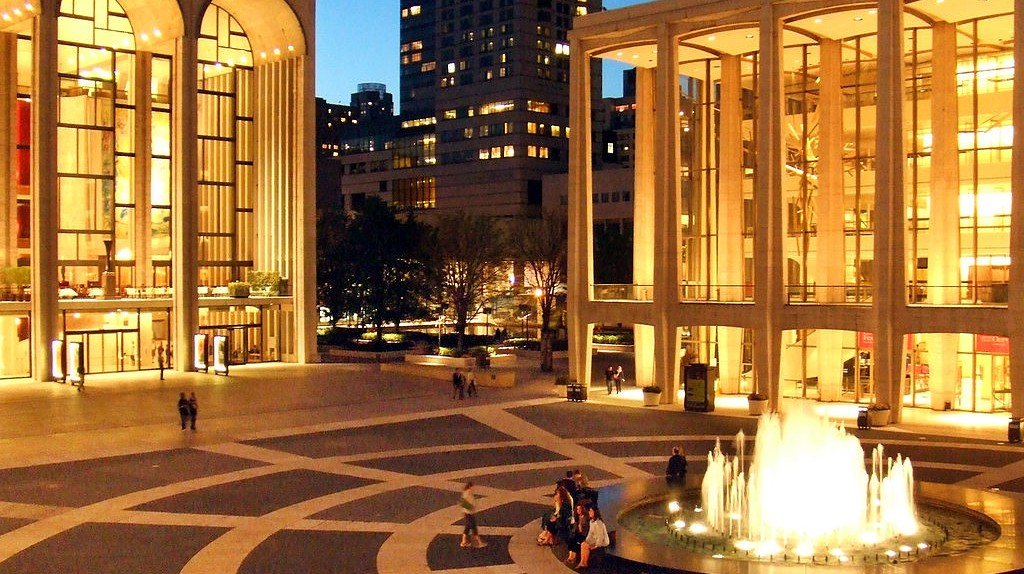 https://commons.wikimedia.org/wiki/File:Lincoln_Center_Twilight.jpg